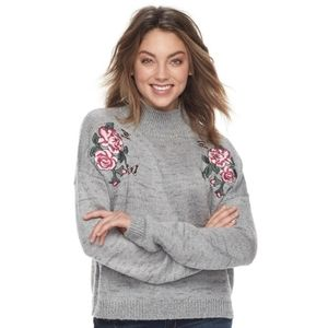 Cloud Chaser embroidered mock neck sweater - Sz S
